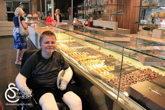 Nicky at the Brustia Pasticceria in Ivrea.
